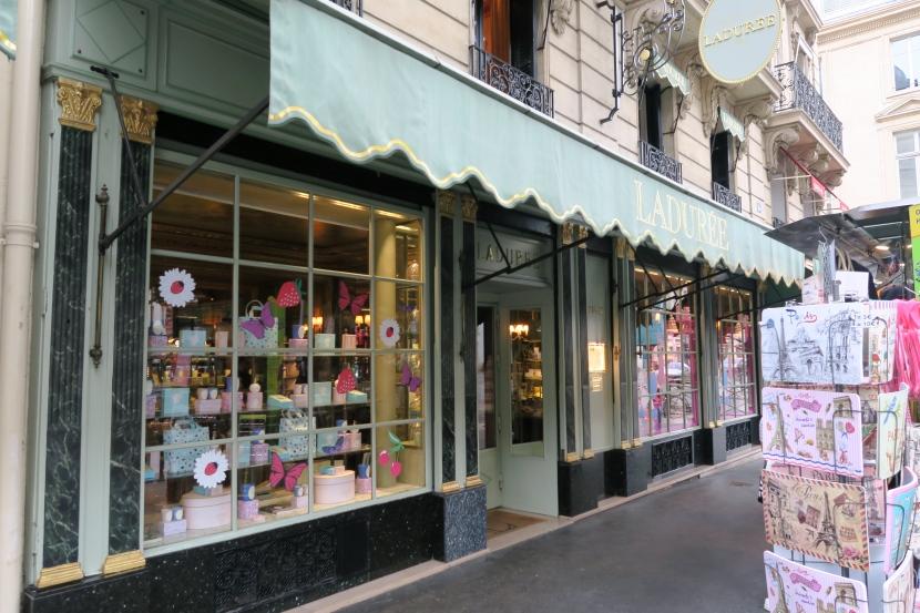 Ladurée – Brunch In Paris Like NeverBefore