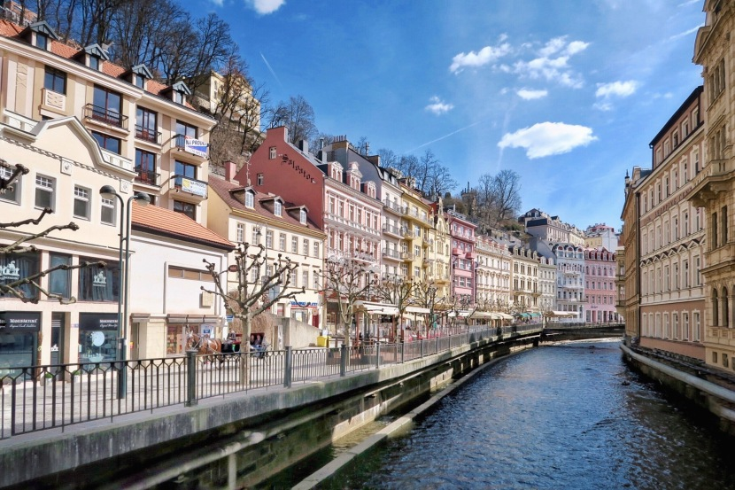 Travelogue: A Peek Into Czech Republic; Karlovy Vary & CeskyKrumlov